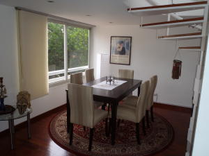 Apartamento En Venta En Caracas En Los Palos Grandes - Código: 19-9901