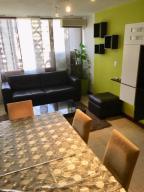 Apartamento En Alquiler En Caracas - Colinas de Bello Monte Código FLEX: 19-9544 No.3