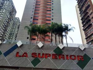 Apartamento En Venta En Caracas - Parroquia San Juan Código FLEX: 19-7705 No.1