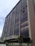 Oficina En Alquiler En Caracas En Macaracuay - Código: 19-9686