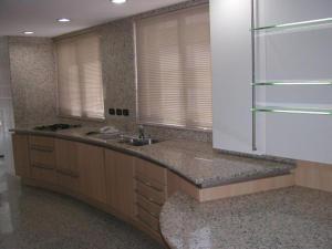 Apartamento En Venta En Caracas En Altamira - Código: 19-9733