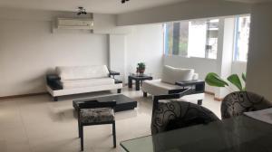 Apartamento En Venta En Maracay - Calicanto Código FLEX: 19-986 No.17