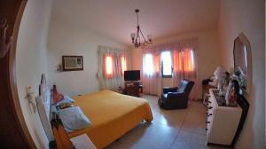 Casa En Venta En Valencia - Trigal Centro Código FLEX: 19-9735 No.1