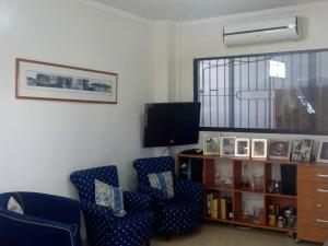 Casa En Venta En Valencia - El Bosque Código FLEX: 19-9748 No.2