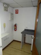 Oficina En Alquiler En Caracas - El Recreo Código FLEX: 19-9895 No.16