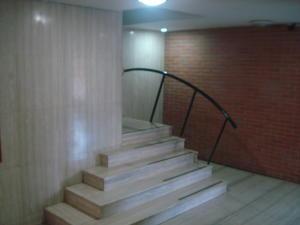 Apartamento En Venta En Caracas - Prados del Este Código FLEX: 19-9928 No.3