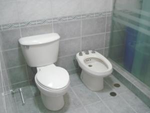 Apartamento En Venta En Caracas - Prados del Este Código FLEX: 19-9928 No.9