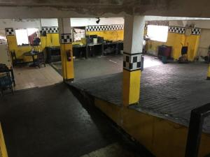 Local Comercial En Alquiler En Caracas En Mariperez - Código: 19-9932