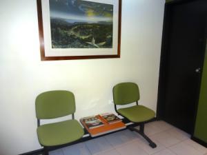 Local Comercial En Alquiler En Caracas - La Castellana Código FLEX: 19-9992 No.4