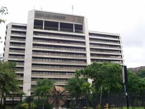 Oficina En Alquiler En Caracas En Chuao - Código: 19-10079