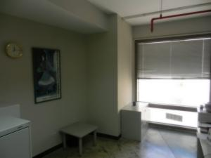 Oficina En Alquiler En Caracas En Chacao - Código: 19-10043