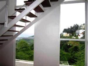 Townhouse En Venta En Caracas - Caicaguana Código FLEX: 19-10052 No.4