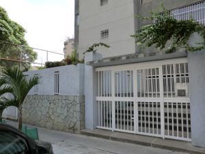 En Venta En Caracas - La Urbina Código FLEX: 19-10110 No.0