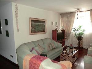 En Venta En Caracas - La Urbina Código FLEX: 19-10110 No.3