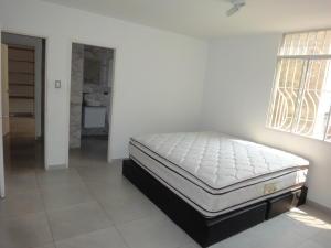 Apartamento En Venta En Caracas - Colinas de Bello Monte Código FLEX: 19-8235 No.8