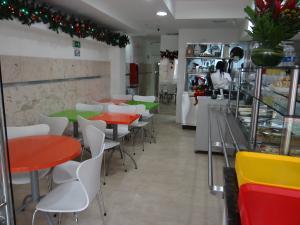Local Comercial En Alquiler En Caracas - Chacao Código FLEX: 19-10433 No.4