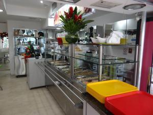 Local Comercial En Alquiler En Caracas - Chacao Código FLEX: 19-10433 No.5