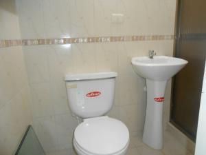 Casa En Venta En Maracay - Los Olivos Nuevos Código FLEX: 19-10452 No.13