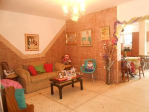 Casa En Venta En Maracay - Los Olivos Nuevos Código FLEX: 19-10452 No.2