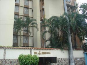 Apartamento En Venta En Maracay - El Bosque Código FLEX: 19-10684 No.1