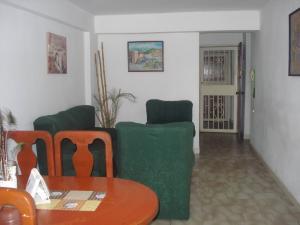 Apartamento En Venta En Maracay - El Bosque Código FLEX: 19-10684 No.4