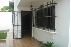 Casa En Venta En Valencia - Trigal Norte Código FLEX: 19-10888 No.1
