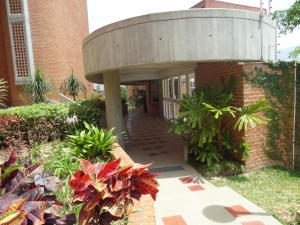 Apartamento En Venta En Caracas - Los Pomelos Código FLEX: 19-10968 No.1