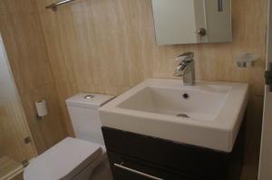 Apartamento En Venta En Caracas - Los Pomelos Código FLEX: 19-10968 No.13