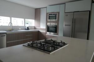 Apartamento En Venta En Caracas - Los Naranjos de Las Mercedes Código FLEX: 17-6341 No.8