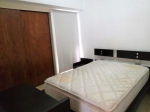 Apartamento En Venta En Caracas - La Urbina Código FLEX: 19-11095 No.8