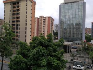Apartamento En Venta En Caracas - La Urbina Código FLEX: 19-11095 No.12