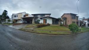 Casa en Venta en Villas Laguna Club