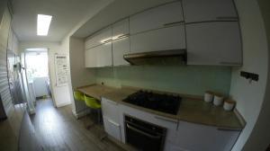 Apartamento En Venta En Caracas En La Castellana - Código: 19-11388