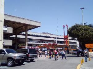 Local Comercial En Alquiler En Caracas - Propatria Código FLEX: 19-11359 No.1