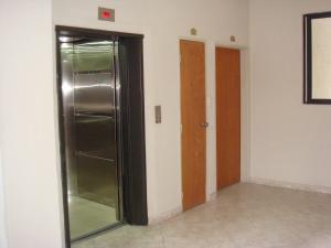 Apartamento En Venta En Maracay - San Jacinto Código FLEX: 19-11427 No.14