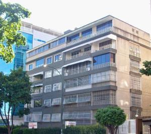 Apartamento En Venta En Caracas - Altamira Código FLEX: 19-11448 No.0