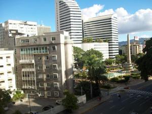 Apartamento En Venta En Caracas - Altamira Código FLEX: 19-11448 No.9