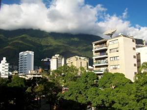 Apartamento En Venta En Caracas - Altamira Código FLEX: 19-11448 No.10