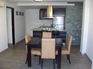 Apartamento En Venta En Caracas - Altamira Código FLEX: 19-11448 No.13
