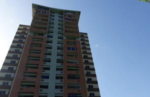 Apartamento En Venta En Valencia - Las Chimeneas Código FLEX: 19-11468 No.0