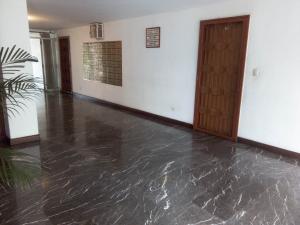 Apartamento En Venta En Caracas - Los Chorros Código FLEX: 19-11817 No.17