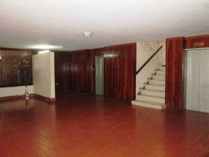 En Venta En Caracas - Colinas de Bello Monte Código FLEX: 19-8235 No.2