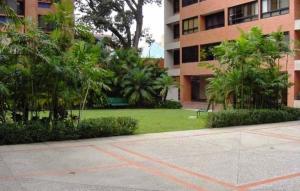 Apartamento En Venta En Caracas - Campo Alegre Código FLEX: 19-12491 No.1