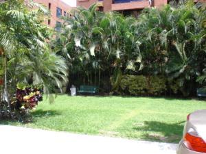 Apartamento En Venta En Caracas - Campo Alegre Código FLEX: 19-12491 No.2