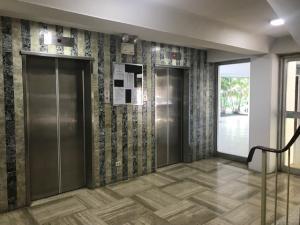 Apartamento En Venta En Caracas - Colinas de Bello Monte Código FLEX: 19-12122 No.2