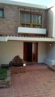 Casa En Venta En Caracas - Alto Hatillo Código FLEX: 19-11763 No.1