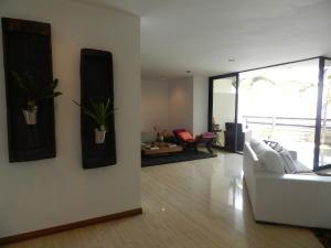 Apartamento En Venta En Caracas - Los Naranjos del Cafetal Código FLEX: 19-11992 No.2