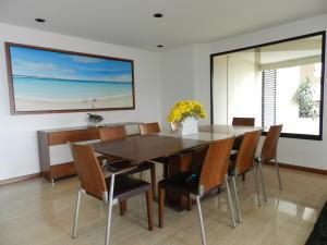 Apartamento En Venta En Caracas - Los Naranjos del Cafetal Código FLEX: 19-11992 No.4