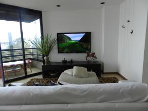 Apartamento En Venta En Caracas - Los Naranjos del Cafetal Código FLEX: 19-11992 No.8
