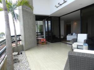 Apartamento En Venta En Caracas - Los Naranjos del Cafetal Código FLEX: 19-11992 No.13